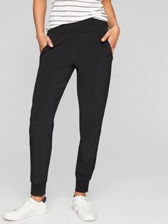 Athleta Soho Jogger Pants Womens 14 Black 777555 for sale online Black Joggers, Black Pants, Jogger Outfit, How To Wear Joggers, Travel Pants, Lose 30 Pounds, Joggers Womens, Jogger Sweatpants, Workout Pants