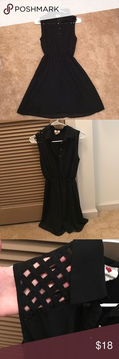 Fabulous Little Black Dress The detail is this dress is too cute! Gold buttons and lattice cut outs on shoulders. Waist cinching to show off your shape. Size XS. Dresses Mini