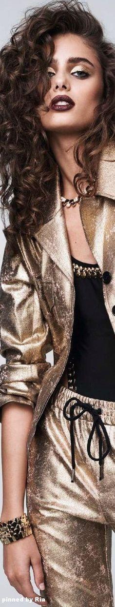Taylor Hill for Elle France l January 2017 l Ria