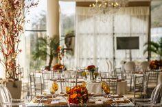 Cores Quentes no Casamento da Juliana e do Maique no Castelo de Itaipava. #wedding #decor #hotcolours  #vermelho #amarelo
