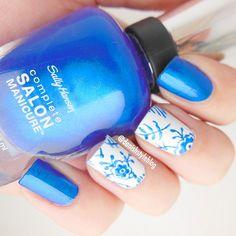 Royal Copenhagen nails by @danishstyleblog