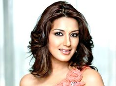 """Sonali Bendre Behl discussed her book and the experience of parenthood at the Women Economic Forum, a yearly summit in Delhi. Cited by a source said, """"Sonali tended to the group of onlookers on the subject, 'Cutting edge working ladies and child rearing'...."""