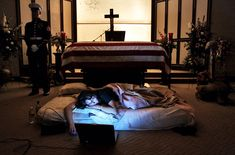 Wife Of US Marine, Who Was Killed In Iraq, Refused To Leave The Casket, Asking To Sleep Next To His Body For The Last Time. Before She Fell Asleep, She Opened Her Laptop And Played Songs That Reminded Her Of Him