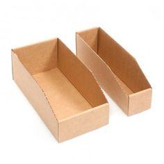 CUBETA CARTÓN La cubeta de cartón es una caja abierta por la parte superior y perfecta para ordenar y guardar objetos que quieran tenerse a la vista. Muy recomendable para tiendas y almacenes. #MWMaterialsWorld #cajascartón #cubetacartón #cardboardbox Paper Mache Crafts, Material World, Craft Box, Scrap, Container, Boxes, Buckets, Tents, Warehouses
