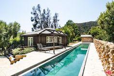 Mel Gibson's 'Old World' Malibu Estate Just Went on the Market Malibu Mansion, Malibu Homes, Inside Celebrity Homes, Celebrity Houses, Celebrity News, Celebrity Style, Luxury Swimming Pools, Luxury Pools, Mel Gibson
