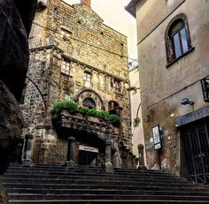 inTuscia — Palazzo Poscia Viterbo