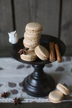 Chai Latte Macarons