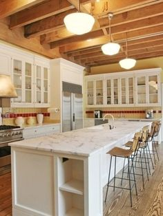 Loving the color scheme of Taylor Swift's kitchen in her New York City apartment.