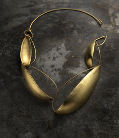 Delphine Nardin necklace. Oh this is just sex for your neck! #Wishlist #Jewelry
