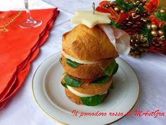 Il Pomodoro Rosso di MAntGra: Panettoncini con Auricchietto e culatello