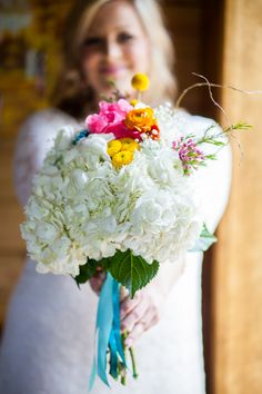 large white blooms with pops of color and wrapped with turquoise ribbon make a beautiful rustic or vintage bouquet - thereddirtbride.com - see more of this wedding here Wedding Story, Wedding Day, White Hydrangea Bouquet, Wedding Bouquets, Wedding Flowers, Tiffany Wedding, How To Make Ribbon, Pink Flowers, Flower Arrangements