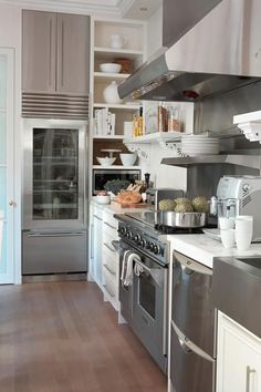 greige: interior design ideas and inspiration for the transitional home : Grey and white in the kitchen