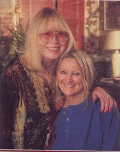 Cynthia Powell-Lennon♥♥John Lennon's sister, Julia.
