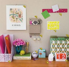 Oficina - Honolulu Magazine - Enero de 2013 - Hawaii Lindos accesorios para la organizacion de un escritorio o area de trabajo