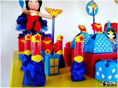 Vila Mágica Festas Infantis e Personalizados: Festa com um tema SUPER original: Mulher Maravilha