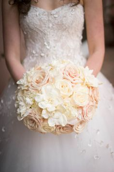 Romantic enchanted forest wedding bouquet with blush and ivory flowers (Miki and Sonja Photography)