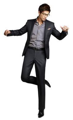 Dennis Oh men's dark grey suit and light grey shirt