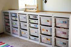 organizar con cajas plásticas
