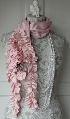 pink ruffle scarf ~ so pretty Pink Love, Pink Grey, Pretty In Pink, Coral Blush, Color Rosa, Pink Color, Color Mix, Dress Form Mannequin, Leila
