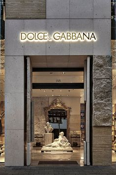 Aesthetic Stores, Cream Aesthetic, Boujee Aesthetic, Brown Aesthetic, Aesthetic Pictures, Shop Front Design, Store Design, Dolce Gabbana Store, Black And White Photo Wall