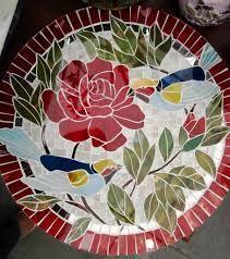 Resultado de imagem para mosaico de vidro pintado Mosaic Crafts, Mosaic Projects, Stained Glass Projects, Stained Glass Art, Mosaic Stepping Stones, Stone Mosaic, Mosaic Glass, Mosaic Madness, Mosaic Tray