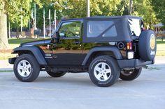 Car brand auctioned:Jeep Wrangler Sport 2010 Car model jeep wrangler sport 2 d soft top excellent condition