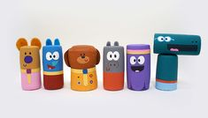 Get crafty with your left-over corks by making these fun Duggee and the Squirrels. Birthday Party Planner, 2nd Birthday, Birthday Parties, Birthday Cards, Jute, Crafts For Kids, Arts And Crafts, Baby Crafts, Toddler Crafts