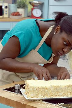 Howard Middleton takes us through all the rolling, layering and mousse-melting action of Dessert Week on Great British Bake Off. Paul Hollywood And Mary Berry, Gbbo, Great British Bake Off, Vanilla Cake, Mousse, Layering, The Help, Berries, Rolls