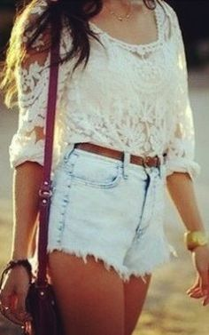 In love with the blouse!
