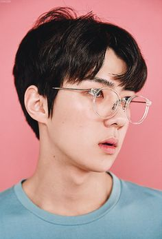 Image shared by Carmen Rodriguez. Find images and videos about kpop, exo and sehun on We Heart It - the app to get lost in what you love. Chanbaek, Exo Ot12, Kris Wu, Exo Lucky One, Chanyeol Baekhyun, Shinee Onew, Exo Lockscreen, Kim Minseok, Xiuchen