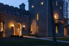 Top Castle Vacations, according to bedandbreakfast.com Ravenwood Castle in the Hocking Hills of Ohio makes the list!