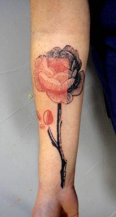 rose tattoo via Tattoologist