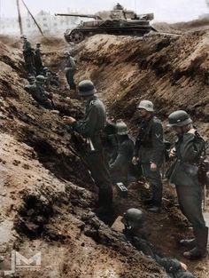 Soldados alemanes a las afueras de Stalingrado