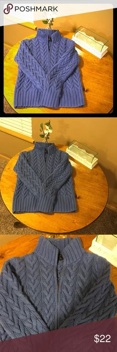 Warm Lands' End Cable Knit Sweater - Size SP Lands' End Cable Knit Sweater Heavy & Warm. Perfect for a cold winter day. Full Zip Size SP Well loved, but still holding up in Good Used Condition Lands' End Sweaters