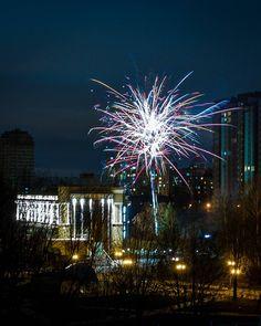 #новыйгод каждый день #корпоратив каждый день #фейерверк  #киев #Київ #Kyiv #Kiev #instakiev #kiev_life #kievlife #kiev_of_the_day #kievgram #insta_kiev #instakiev #igerskiev #kievtoday #we_love_kiev #kievphoto #kievnow #kievviews#kievview#igerskiev #ukraine#Украина #україна#instaukraine#insta_ukraina  #montreuxrivierawinter @montreuxriviera #LivesWellLived @BlurbBooks #mywinterinchampery