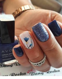 fall leaf nail art designs to let your hug autumn 17 ~ thereds.me fall leaf nail art desig Avon Nails, Gel Nails, Stiletto Nails, Summer Shellac Nails, Shellac Nail Art, Spring Nails, Stylish Nails, Trendy Nails, Milky Nails