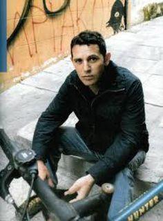 Συνέντευξη με τον τραγουδοποιό Παύλο Παυλίδη