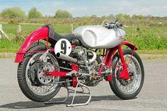 Moto Guzzi V2 Racer