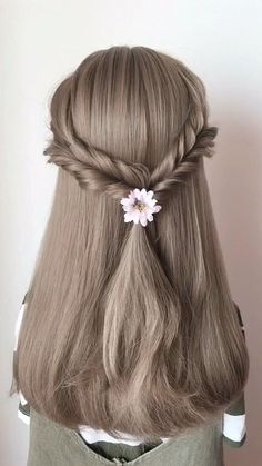 "Women Casual Hair Style, Easy hairstyles, "" Every hair style that can be named leisure will certainly bring elegant temperament, making girls look as if they are the grass and trees of nature, v. Casual Hairstyles, Curled Hairstyles, Braided Hairstyles, Cool Hairstyles, Hairstyles 2018, African Hairstyles, Hair Videos, Hair Hacks, Short Hair Styles"