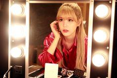 #鏡よ #鏡よ #世界で一番 #美しいのは #誰だ