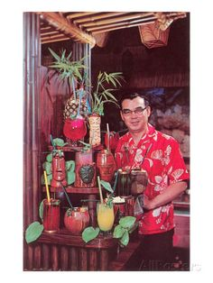 The Best-Ever Hawaiian Punch Recipe Ingredients: 4 Cups of Orange Juice 4 Cups of Guava Juice 4 Cups of Pineapple Juice Cup Red Grenadine 4 Cups Ginger Ale Bar Vintage, Vintage Tiki, Vintage Hawaiian, Aloha Vintage, Vintage Travel, Hawaiian Punch Recipes, Kitsch, Tiki Man, Tiki Tiki