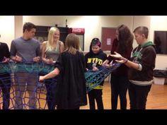 Human Knitting Machine » Nasjonal ressursbank DKS: Visuell kunst -
