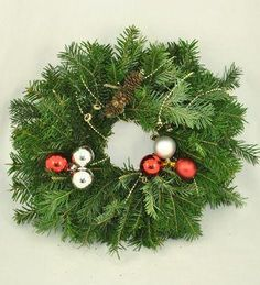 Doar pe www.123flori.ro Christmas Wreaths, Holiday Decor, Home Decor, Crown, Green, Christmas Swags, Decoration Home, Holiday Burlap Wreath, Interior Design
