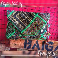 JUANA CLUTCH #baiga #bags #juana #clutch #green #hippiechic #chic #style ✅✅✅ ENJOY TODAY EVRYDAY ✅✅✅