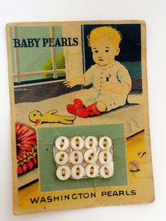 Vintage Store Card with Sweet Graphic - Washington Iowa Baby Pearl Buttons Button Cards, Button Button, Vintage Scissors, I Got You Babe, Baby Pearls, Sewing Art, Sewing A Button, Vintage Buttons, Vintage Love