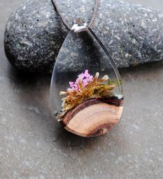 Resin Wood Necklace Terrarium Necklace Moss necklace Resin