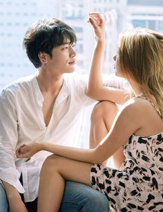 Seo Kang Joon had a Tokyo honeymoon pictorial for High Cut Vol. The star posed with top model Lee Ho Jung and the duo had various intimate moments where they pretended to be a charming couple. Seo Kang Joon, Pre Wedding Photoshoot, Wedding Poses, Asian Actors, Korean Actors, Couple Photography, Photography Poses, Park Bogum, Korean Wedding