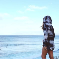 Tie-dye sweatshirt for a beach bum vibe
