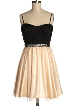 This is the dress I wanted as my grad dress! They took it down and I could NOT find it or anything like it ANYWHERE! /sighs. Oh well, I liked my grad dress as it was.