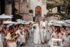 Finca Comassema is this stunning old countryhouse set in the rolling hills of Serra de Tramuntana, Mallorca, and it was the perfect romantic backdrop for Emma & Jordan's Glam Boho Luxe Wedding. Emma was glowing in her amazing gown by Rue… Luxe Wedding, Dream Wedding, Summer Wedding, Wedding Mallorca, Beach Wedding Locations, Destination Wedding, Beach Theme Wedding Invitations, Spanish Wedding, Wedding Photography Poses